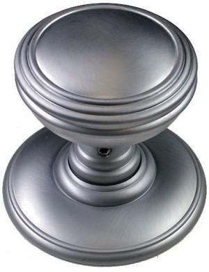 Delamain Plain Door Knobs | World of Brass