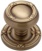 Ribbon & Reed Door Knobs